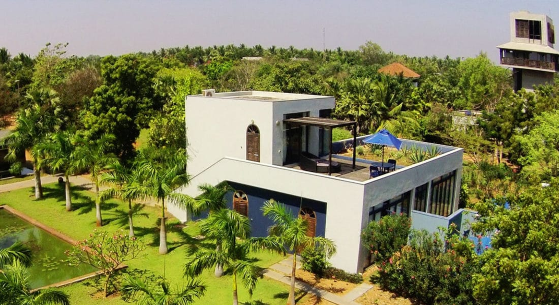 aERIAL VIEW OF garden-suite at Dune Eco Village and Spa